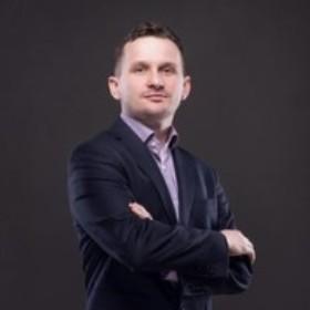 MARCIN ŚWIĘCH   CTO & Co-founder   ELMODIS