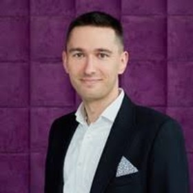 ARTUR GERWEL   CEO & Co-founder   dotLinkers